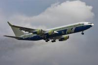 Rosneft Ilyushin Il-96-400T Pridacha - Voronezh - (UUOD), Russia RA-96104 cn:97693201004 ������� 21, 2014  Alexey Filatov