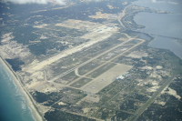 Airport Airport Cam Ranh Intl - Khanh Hoa - (VVCR / CXR), Vietnam  cn: ������� 24, 2014  UR-SDV