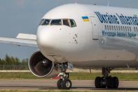 Ukraine International Airlines Boeing 767-322(ER) Borispol - Kiev - (UKBB / KBP), Ukraine UR-GEA cn:25280/391 ��� 20, 2015  Vitaliy Trubnikov