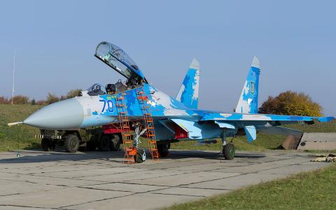 Ukraine - Air Force Sukhoi Su-27UB Starokostyantyniv - (UKLS), Ukraine 70 BLUE cn:96310424040 Октябрь 12, 2018  Vladimir Vorobyov