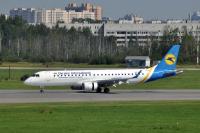 Ukraine International Airlines Embraer ERJ-190-100STD Pulkovo - St. Petersburg - (ULLI / LED), Russia UR-EMB cn:19000501 Август 9, 2015  Maxim Golbraykht