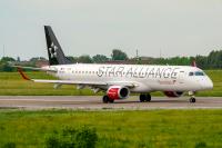 Austrian Airlines Embraer ERJ-195LR Dnepropetrovsk - Dnipro - (UKDD / DNK), Ukraine OE-LWH cn:19000486 Май 21, 2019  Pavel Kapustin