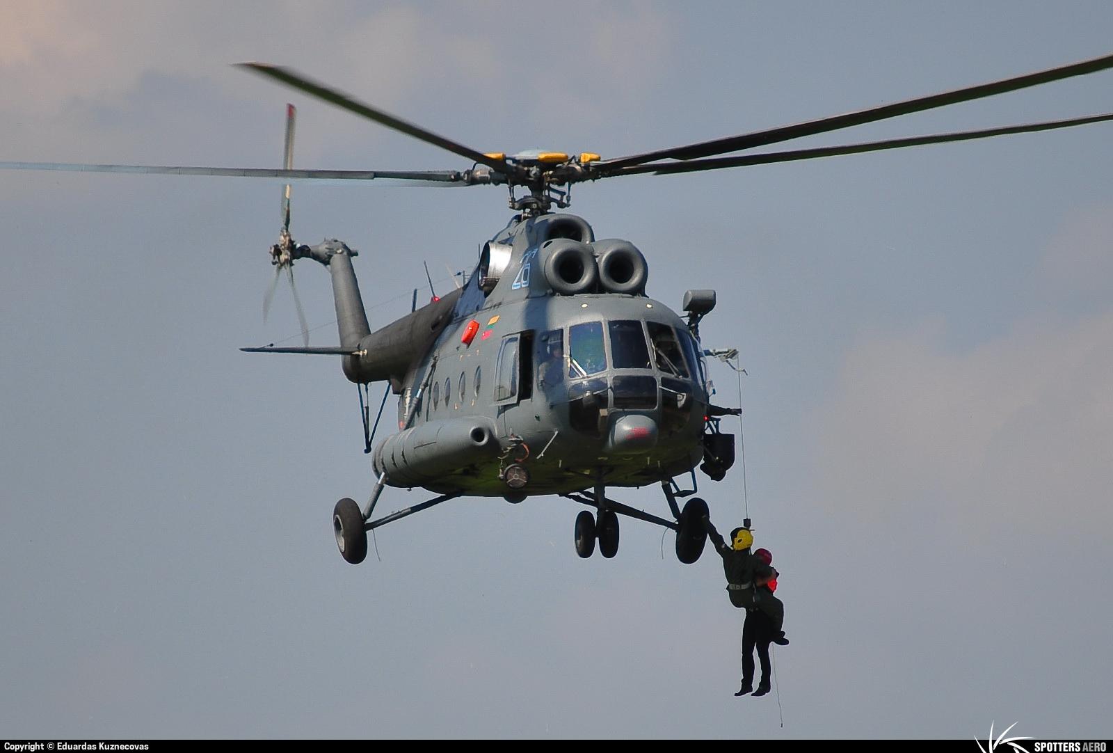 Armée lituanienne/Lithuanian Armed Forces - Page 2 0000033829_large